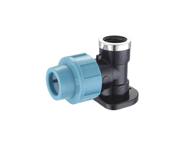 Codo de compresión pp con sistema de riego por agua de 25×3/4